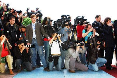 Взаимоотношение со СМИ